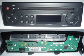 RENAULT UPDATE LIST CD - FRONTPANEL